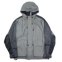 2000s GAP Mt.Parka type Nylon jacket
