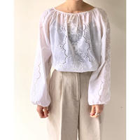 1980s Embroidered Blouse