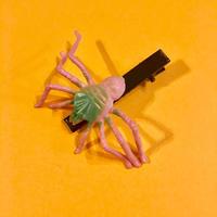 クモ  ヘアクリップ アクセサリー ピンク Spider Hair clip pink