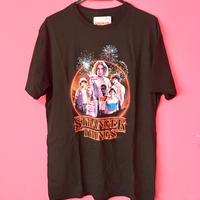 ストレンジャーシングス stranger things Tシャツ ⑧