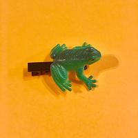 カエル ヘアクリップ アクセサリー 緑 Frog Hair clip green