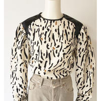 animal dots puff sleeve pullover(ecru)