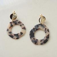 marble earring (119-5217)