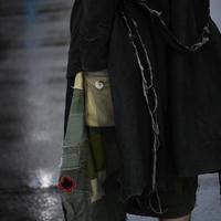 "Jobi fret roop ""emotional backsatin × military fabric patched works sarouel short pants"""