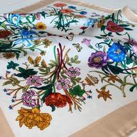 バルサンティ イタリア製 コモシルクスカーフ フィオーレ ベージュ 小判 50x50