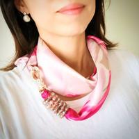バルサンティ イタリア製スカーフネックレス (ラインストーンフック)ローズ