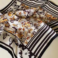 バルサンティ イタリア製  コモシルクスカーフ ハニーローズ 小判 50x50
