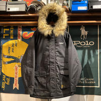 "【残り僅か】RUGGED ""ARCH LOGO"" N-3B fur jacket (Black)"
