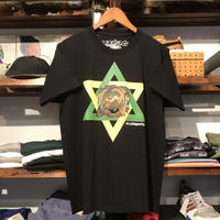 "【ラス1】visualreports ""KAGOME"" tee (Black/Yellow/Green)"