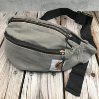 【残り僅か】Carhartt Remake waist bag (Gray)