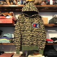 """【ラス1】Champion """"Big C logo"""" hoodie (Tiger Camo)"""