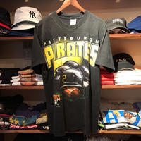 "TRUE FAN ""PITTSBURGH PIRATES"" tee (M)"