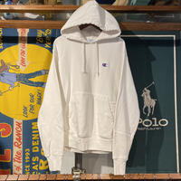Champion reverse weave small logo pull over hoodie (M)