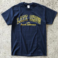 LATE SHOW DAVID LETTERMAN TEE - NAVY/YELLOW
