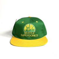 Deadstock NBA Snapback Cap Seattle Supersonics