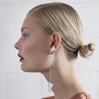 SÄGEN_Virrvarr Hanging triangle Earring (片耳用ピアス)