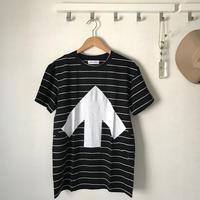 Reet Aus_ Up-Shirt_Unisex_Black stripe ( Tシャツ_ユニセックス)
