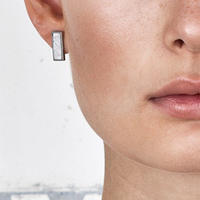 SÄGEN_Virrvarr Rectangle small Earring ( 片耳用ピアス)