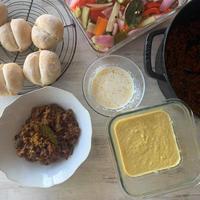 ドイツパンブロッチェンとキーマカレー、特製ピクルス、とうもろこしスープレッスン