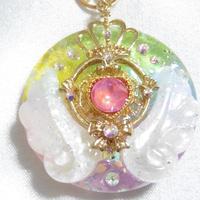 虹の女神の首飾り