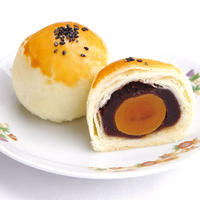 【期間限定】286.豆沙蛋黄酥(塩たまご入り、あずきあんパイ)【常温】
