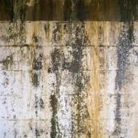 汚れた壁04