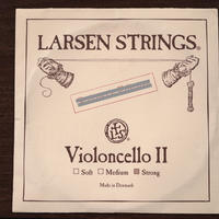 LARSEN ラーセンチェロ弦 2番線 strong