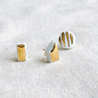 jujumade /porcelain stripe gold glazed earring /ジュジュメイド/ポーセリン(陶磁器)/片耳ピアス