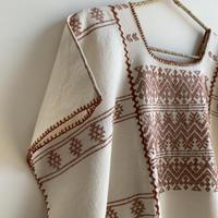 pips ropa / plainly woven cotton Amuzugo huipil  ( brown )