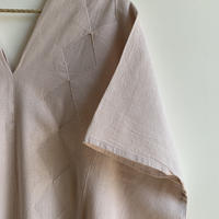 pips / plainly woven  cotton huipil (white , natural , shell pink )