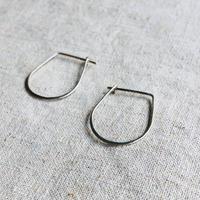 cinq / Curve  earring / silver  / シンク / シルバーピアス