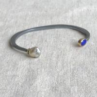 ishi jewelry /double stone cuff  /  lapis x keshi pearl  / 925 oxidizes silver