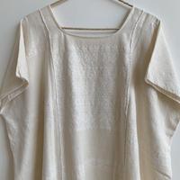 pips ropa / plainly woven cotton Amuzugo huipil   (White )