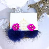 ピンク花モチーフミンクファーキャッチデザインピアス<P-022>