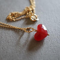 Heart charm necklace <Red>