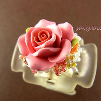 お花ブーケのヘアクリップ