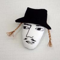 三つ編みの男 ブローチ