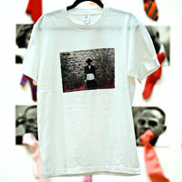 Unisex T-Shirt / W03(PARIS SAPEUR ROBY-01 ボディカラー=白)
