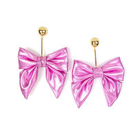 Swinging metallic ribbon earrings/metallic pink