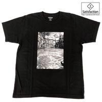 SatisfactionグラフィTシャツ ブラック