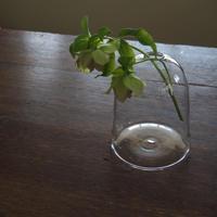 鈴木亜以 flower vase
