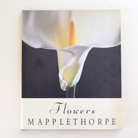 FLOWERS MAPPLETHORPE