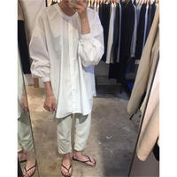 no collar white blouse