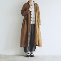 ベルガモリネン・ローブコート/カーキ