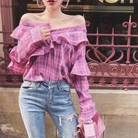 ピンクフリルチェックシャツ