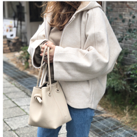 leather bag (クリーム)