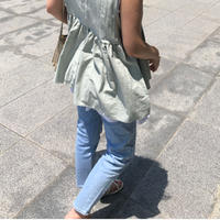 Tapered jeans(light blue)