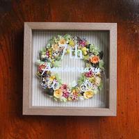 プリザーブド&ドライフラワー ドーナツフラワーフレーム(ウッド17×17cm)お誕生日、母の日、父の日、ご結婚、ご出産、 ご退職などのプレゼントに!