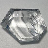 美晶堂オリジナル 天然白水晶・かっこみカット S-QU-003
