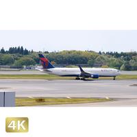 1031070 ■ 成田空港 第1ターミナル TAXING